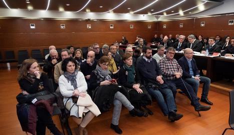 Els acusats en el judici, ahir, a l'Audiència Provincial d'Àlaba.