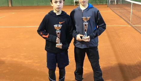 Eloi Pericón i Nil Rubio, jugadors del CT Urgell.
