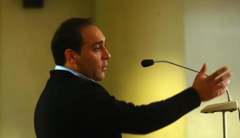 Imatge d'arxiu de l'acusat durant el judici a l'Audiència contra ell per violència de gènere.