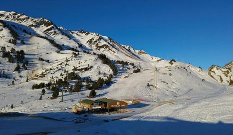 Vista de la estación de esquí de Baqueira Beret.