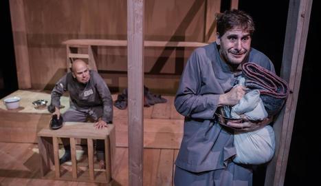 Imatge d'un assaig del nou espectacle de la companyia lleidatana La Baldufa, 'Mon pare és un ogre'.