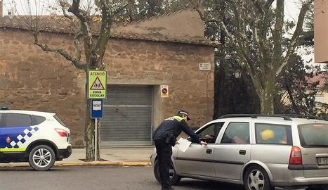 Imatge d'un control de la Policia Local de Solsona.