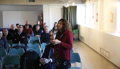 Maria Rosa Biel, en un moment de la intervenció en les jornades tècniques d'ahir a les Borges.