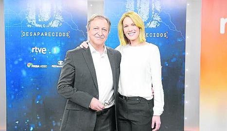 El director del programa, Paco Lobatón, i la conductora, Silvia Intxaurrondo.