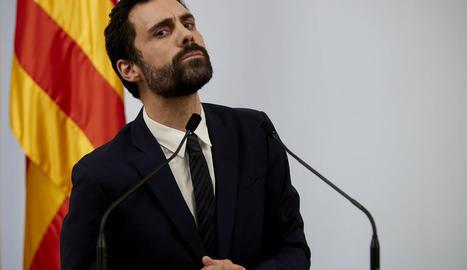 El president del Parlament de Catalunya, Roger Torrent, ahir en la seua compareixença.