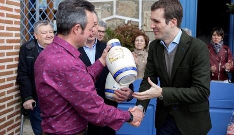 Casado va rebre ahir un premi al poble avilès de Guisando.
