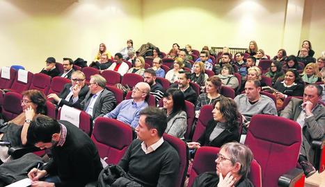 Al voltant d'un centenar de persones van assistir a la jornada de comerç innovador.