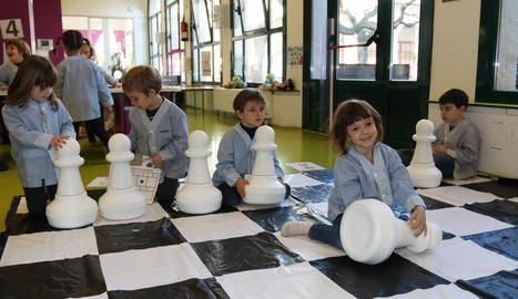 Alumnes de P-4 del centre educatiu van prendre part en aquesta iniciativa.