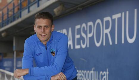 Bojan Radulovic jugarà durant les tres pròximes temporades a la Premier League.