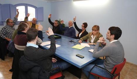 Reprovació de l'alcalde al ple de Gimenells al desembre.