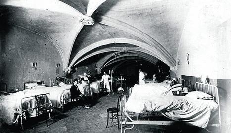 Hospital improvisat a Oakland (Califòrnia) durant la pandèmia del 1918.