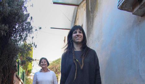 carmen. La Carmen amb el Romel, que li acaba de traspassar la Cristina.