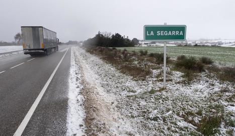 La neu vesteix de blanc el sud de la Segarra