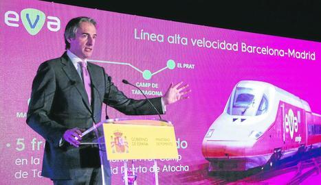 El ministre de Foment, durant la presentació a Barcelona del nou servei AVE.