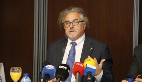 El president de FGC, Enric Ticó, durant la roda de premsa d'aquest dimecres a Lledia.