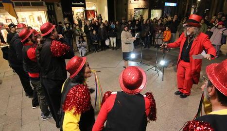 Una cinquantena de persones es van reunir en el primer acte de Carnaval.