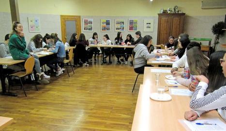 Més de cent alumnes d'ESO participen en tallers de noves tecnologies i ciència