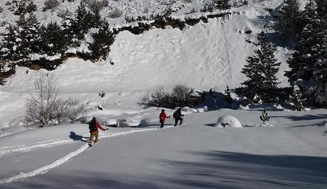 Imatge d'un dels moments de gravació del vídeo promocional aquesta setmana aprofitant la nevada.