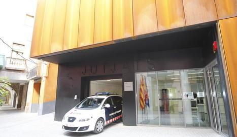 Vista dels jutjats de Balaguer, on va declarar el detingut ahir.