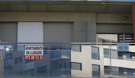 L'encariment dels lloguers de pisos ha provocat que s'opti més per arrendar habitacions.