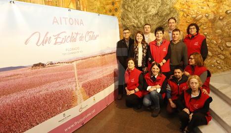 Presentació de la nova campanya de la ruta de la floració a Aitona.