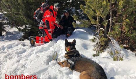 Simulacre de rescat de persones a les pistes d'esquí d'Espot.