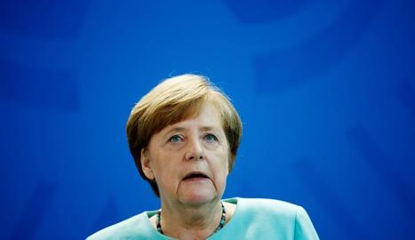 El Govern d'Angela Merkel està en mans de les bases de l'SPD.