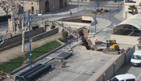 Les obres han començat per l'avinguda del Canal.