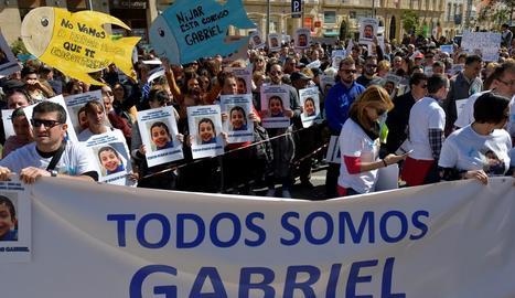 Manifestants en suport als pares de Gabriel, el nen desaparegut a Las Hortichuelas de Níjar.