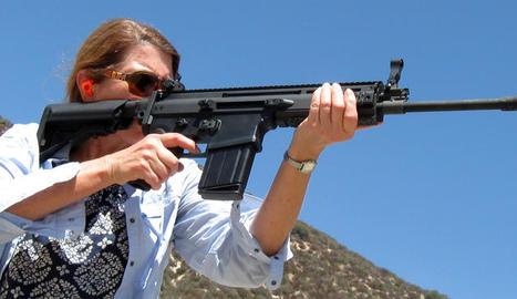 BIG SANDY SHOOT. Per un mòdic preu es lloguen armes a adults i menors.