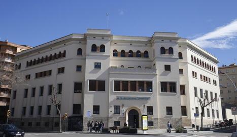 Imatge presa ahir del col·legi Lestonnac, situat a l'avinguda Prat de la Riba de Lleida.