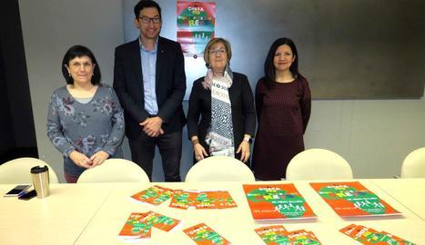 Mercè Pérez, Joan Segura, Montse Parra i Rosa Ángela Zarco, ahir a la presentació.