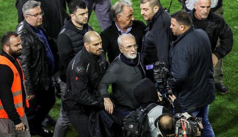 Ivan Savvidis, amo del PAOK, va saltar al camp amb una pistola.