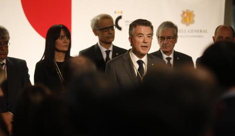 El síndic, Vicenç Mateu, durant el discurs institucional amb motiu dels 25 anys de la Constitució.