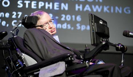 El físic britànic Stephen Hawking, en una intervenció en el festival Starmus, a les Canàries.