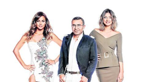 Els presentadors Lara Álvarez, J. J. Vázquez i Sandra Barneda.