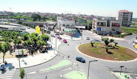 Vista de l'avinguda Garrigues a Cappont.