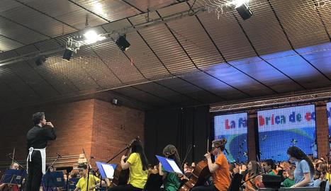 El concert es va dur a terme al pavelló de Bellvís.