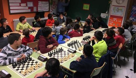 Uns 60 escolars en el Torneig d'Escacs de les Pallargues
