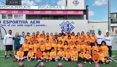 Les jugadores del Campus Swansea Ladies LSA assistiran demà al Barça-Lió de la Champions femenina.