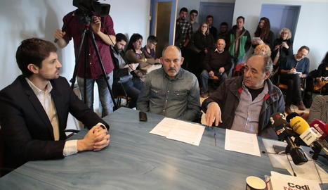 Dante Pérez, a l'esquerra de la imatge,