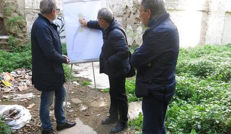 Larrosa va visitar el carrer General, que serà reformat.