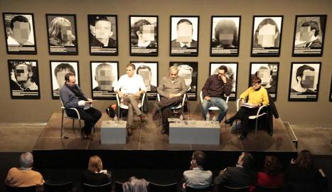 El debat moderat per Jesús Navarro, ahir al Museu de Lleida.