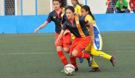 La jugadora lleidatana, amb la Selecció Catalana sub-12.