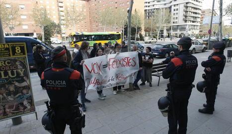 Acte de VOX a Lleida amb tensió