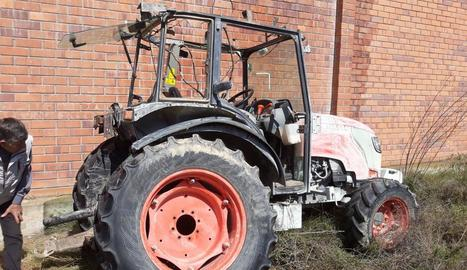 Un tractor desvalisat fa uns dies a l'Horta de Lleida.