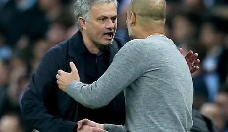 El United retarda l'aliró del City