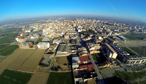 Vista d'Alcarràs, al terme municipal del qual van ocórrer els fets.