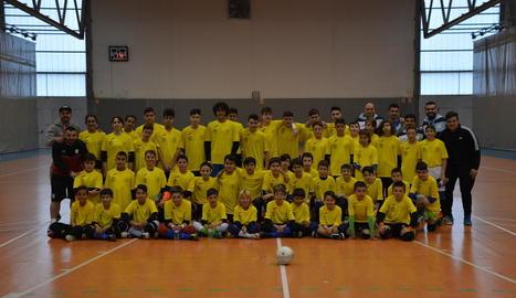 La primera edició del torneig va congregar més de mig centenar de porters al pavelló de Balaguer.