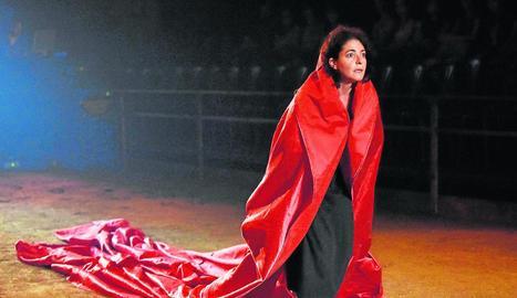 Nora Navas, una de les protagonistes de la versió de 'Bodas de sangre' d'Oriol Broggi.